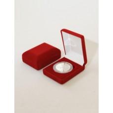Футляр (61х79х32 мм) для одной монеты в капсуле (диаметр 46 мм) бордо
