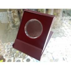 Футляр пластиковый для одной монеты в капсуле (диаметр 46 мм), размер 79х106х16 мм, бордо