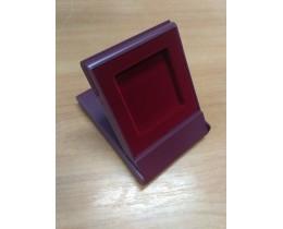 Футляр пластиковый (79х106х16 мм) для монеты в капсуле Quadrum (50х50х6 мм), бордо